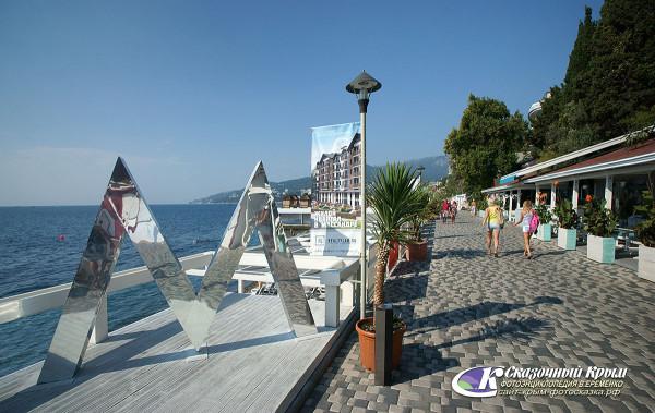 В Крыму благоустроят городские пляжи