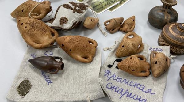 Сделанная по древнегреческой технологии амфора стала сувенирным брендом Крыма