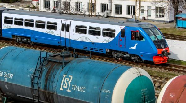 Девять пригородных поездов на туристических направлениях будут запущены в Крыму