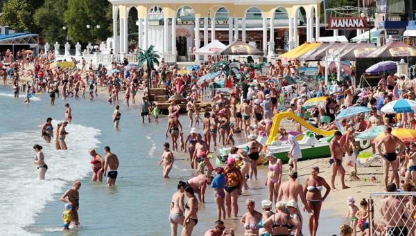 Очередной крымский рекорд: планируется принять еще миллион туристов до конца года