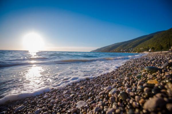 Названы самые недорогие морские курорты России