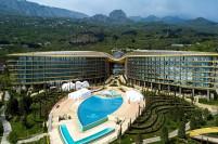 Успех под санкциями: крымский отель опять признали лучшим в мире