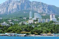 В ТОП-10 самых популярных в России курортных посёлков - посёлки Крыма