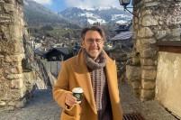 Шнуров сравнил отдых в Альпах с Крымом