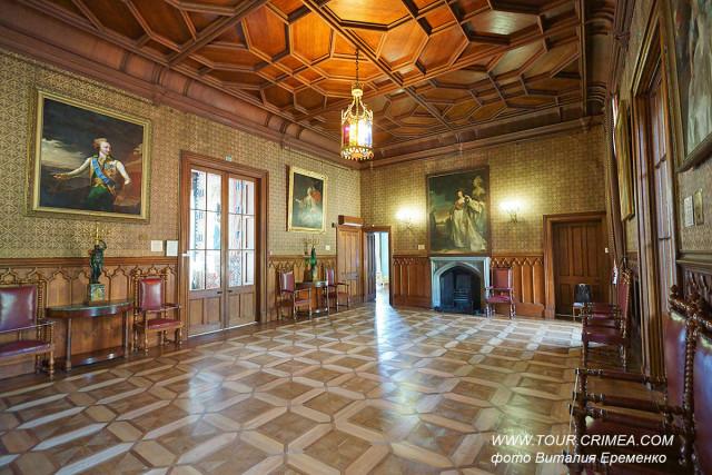 Парадный вестибюль Воронцовского дворца в Алупке