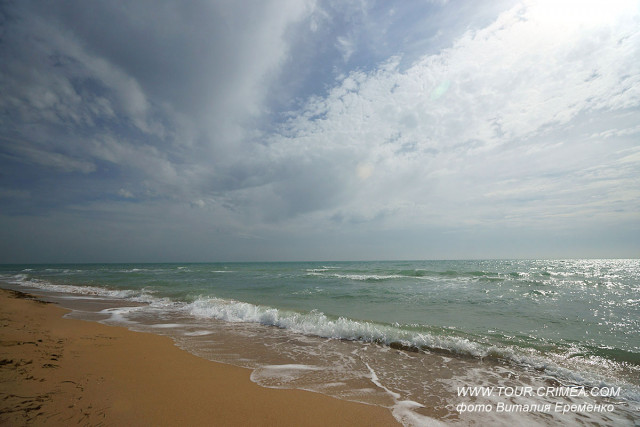 Золотистые пляжи Евпатории  - одни из лучших в Крыму!