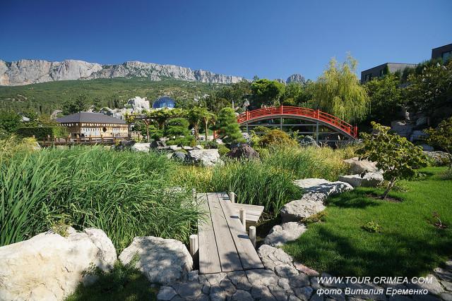 """Японский сад """"Шесть чувств"""" и парк чудес и приключений """"Дримвуд"""" в отеле MRIYA RESORT & SPA"""