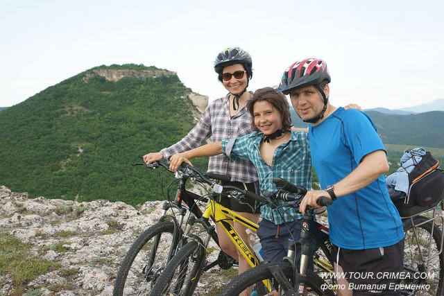 Велосипедные прогулки к пещерному городу Кыз-Кермен.